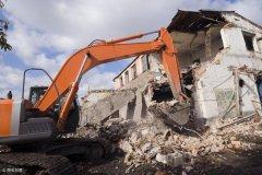强拆不仅要赔偿损失,拆迁方还要承担违法责任!