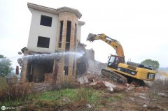 老家房子卖给村外人,遇拆迁能要回拆迁补偿款嘛?